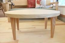 新作商品(ローテーブル)と彫刻材の紹介です