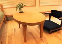 栓の小テーブル