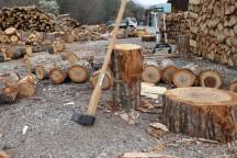 連休中の薪づくり ひと段落